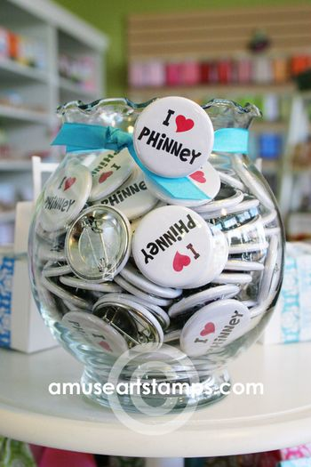 Phinney buttons