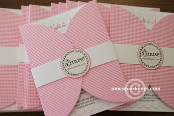 a muse news a pretty pink party invite