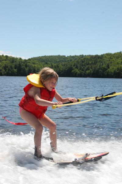 Annabelle_skiing