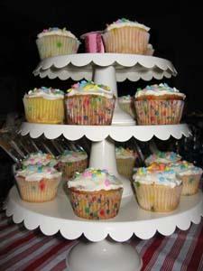A_cupcake_stand