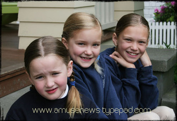 Girls_last_day_of_school_2008
