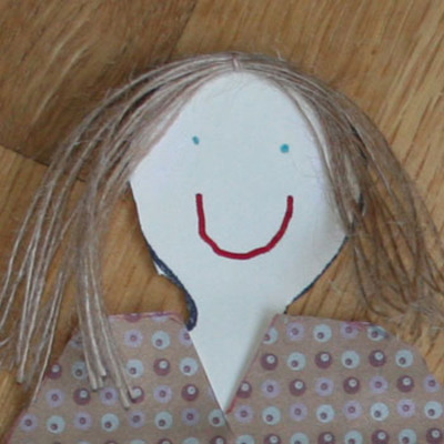 Birthday_paper_doll_close_up_1